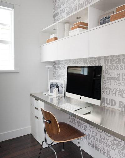 Moderno Despacho by Portico Design Group