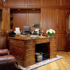 traditional home office by Siemasko + Verbridge