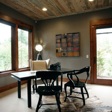 Contemporary Home Office by Imagine Home Staging and Design