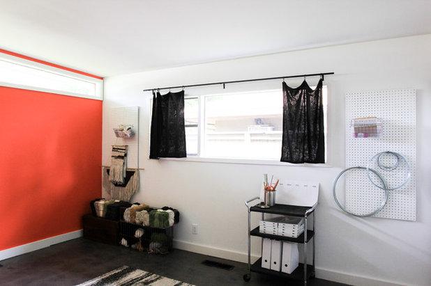 Simple Midcentury Home Office Studio
