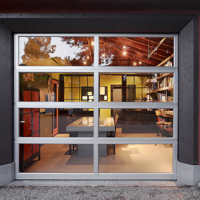 Design Ideas  Home Office on Modern Home Rustic Garage Door Design Ideas  Pictures  Remodel And