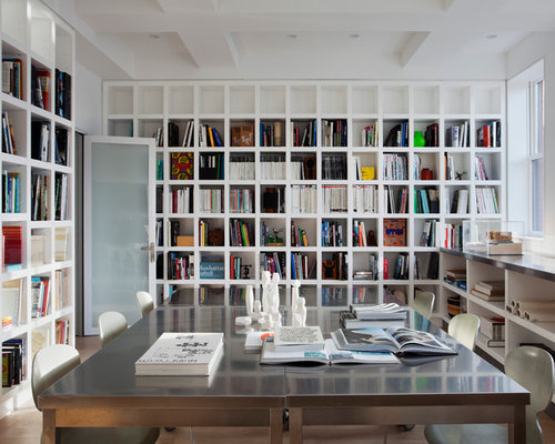 Fabulous Houzz Home Office Bookshelves Design Ideas Remodel Pictures Largest Home Design Picture Inspirations Pitcheantrous