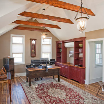 Stunning Home Office with Vaulted Ceilings