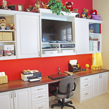 Sun City Lincoln Hills Craft Room and Murphy Bed