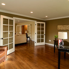 Traditional Home Office by GRAND SHACK