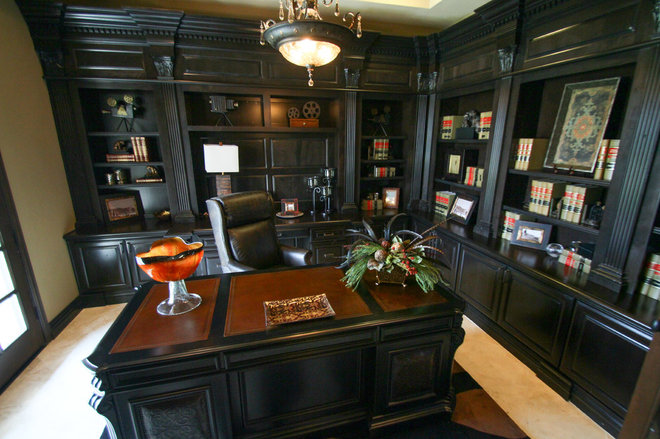 Traditional Home Office by MainStreet America