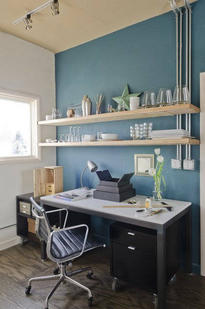 Modern Home Office by Envi Interior Design Studio