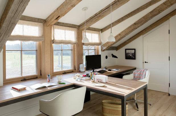 Casa de campo Despacho by Holmes Hole Builders LLC