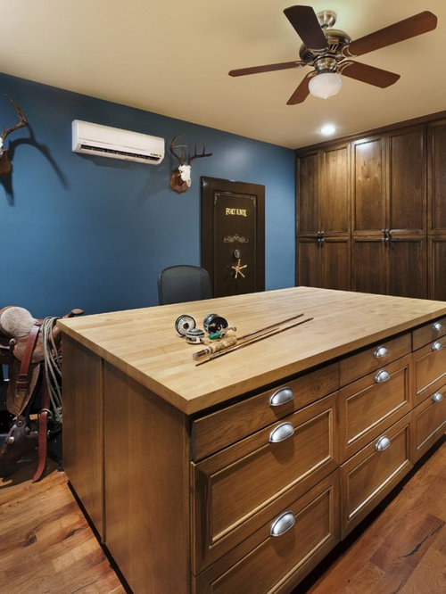 Gun reloading room home design ideas pictures remodel for Built in gun safe room