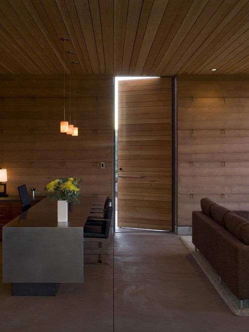 Modern home office idea in Phoenix
