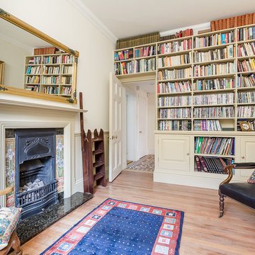 Traditional Home Office & Library
