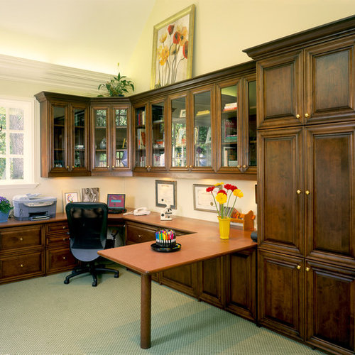 Home Office   Traditional Home Office Idea In Other