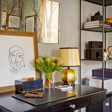 Transitional Home Office by STUDIO GILD