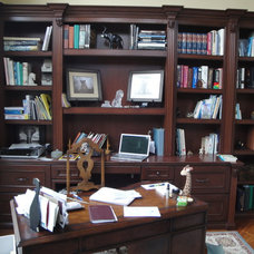 Traditional Home Office by THE KITCHEN LADY, Enriching Homes With Style