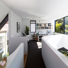 A Home Unfurls to Embrace the Landscape