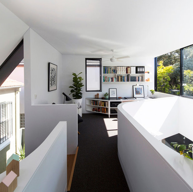 Modern Home Office by Christopher Polly Architect