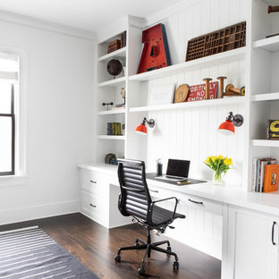 Large cottage home office photo in New York
