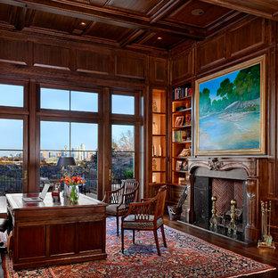 オースティンの地中海スタイルのおしゃれなホームオフィス・書斎の写真