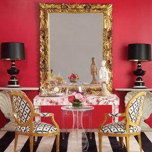サンフランシスコの中サイズのエクレクティックスタイルのおしゃれなアトリエ・スタジオ (ピンクの壁、カーペット敷き、暖炉なし、自立型机、黒い床) の写真