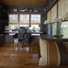 Contemporary Home Office by Vicente Burin Architects