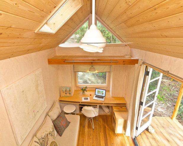 Modern Arbeitszimmer by Sol Haus Design
