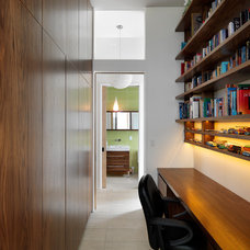 Modern Home Office by Splinters Millworks