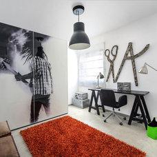 Contemporary Home Office by Hardoor