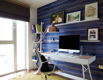 Waterside Apartment - Home Office