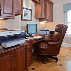 Traditional Home Office by Brunarhans