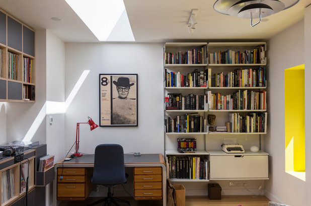 Midcentury Home Office & Library by Yelo Architects