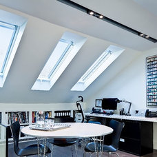 Modern Home Office by Beauparlant Design inc