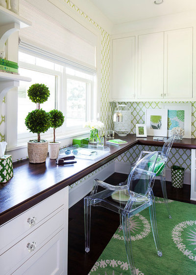 Classique Chic Bureau à domicile by Martha O'Hara Interiors