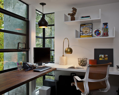Wall office desk houzz for Decoration bureau maison