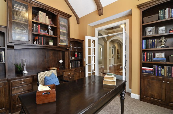 Traditional Home Office by Gonyea Homes & Remodeling