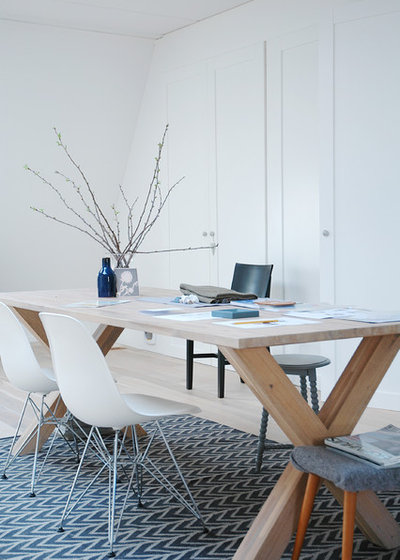 Scandinavian Home Office by April and May