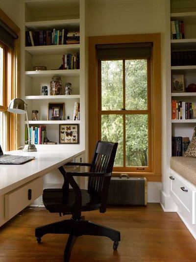 Traditional Home Office by Hoedemaker Pfeiffer