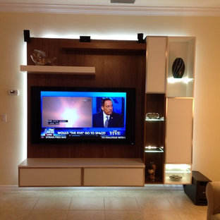 Example of a minimalist home theater design in Miami