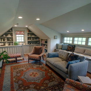 Design ideas for a traditional home theatre in Columbus.