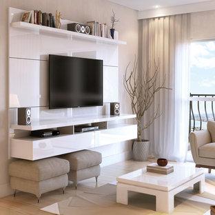 Modernes Heimkino mit Wand-TV in New York