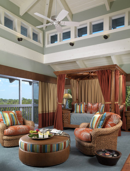 Tropical Home Theater by Clifford M. Scholz Architects Inc.