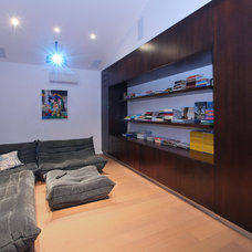 Modern Home Theater by Elytronic