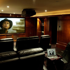 Traditional Home Theater by lascala.ca