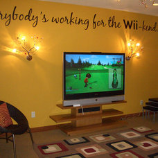 Contemporary Home Theater Gameroom wii-kend