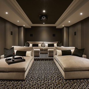 Oakville Classic - Relaxing Spaces