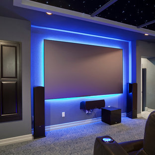 Immagine di un home theatre design