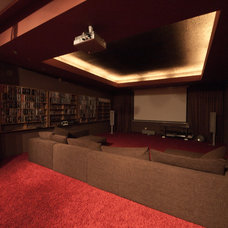 """Modern Home Theater by Architectural Studio """"Didencul Project"""""""