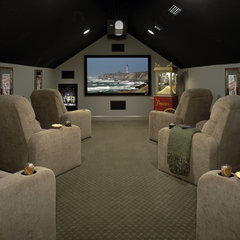traditional media room by Lendry Homes