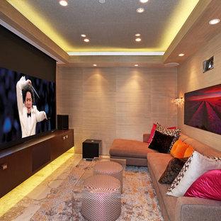 Ispirazione per un piccolo home theatre design con schermo di proiezione