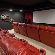 Traditional Home Theater by SPACE, Inc.