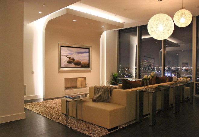 Modern Home Theater by Mauricio Nava Design